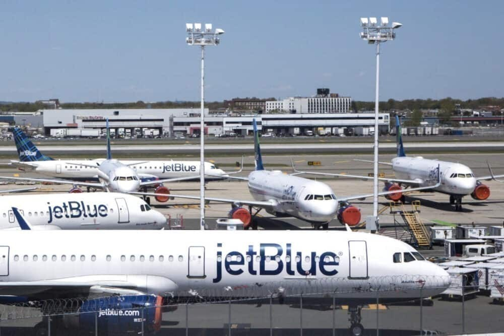 Jetblue layoffs