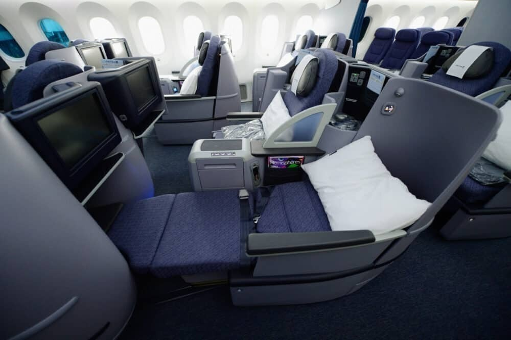 United 787 business class