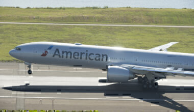 American Airlines, Boeing 777, Grounded