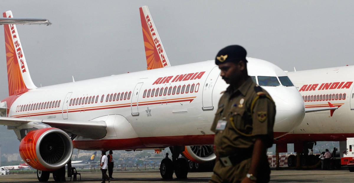 Air India B777 at gate