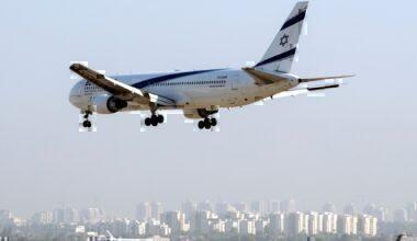El Al 767 in flight, Ben Gurion