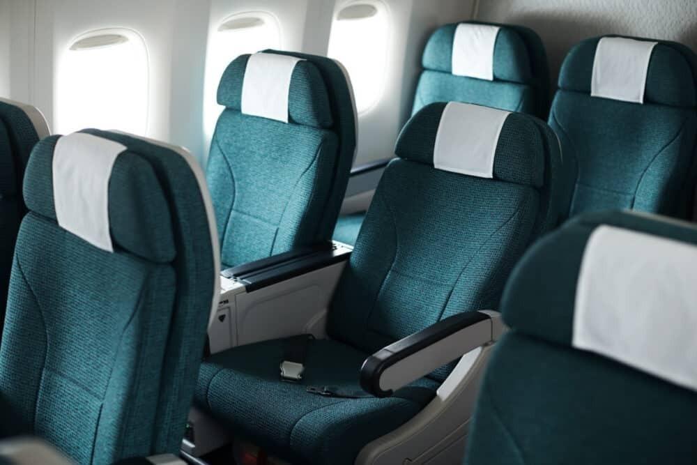 Premium economy Cathay Pacific