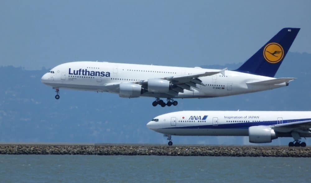 Lufthansa A380 ANA 777