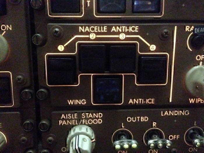 747 de-icing controls