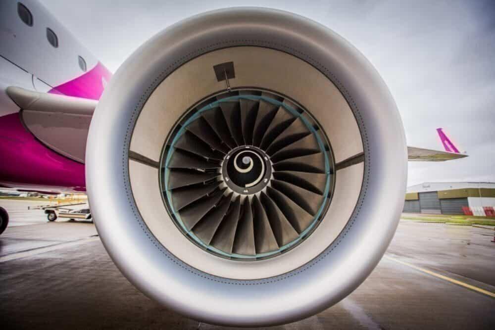 Wizz Air A321 engine