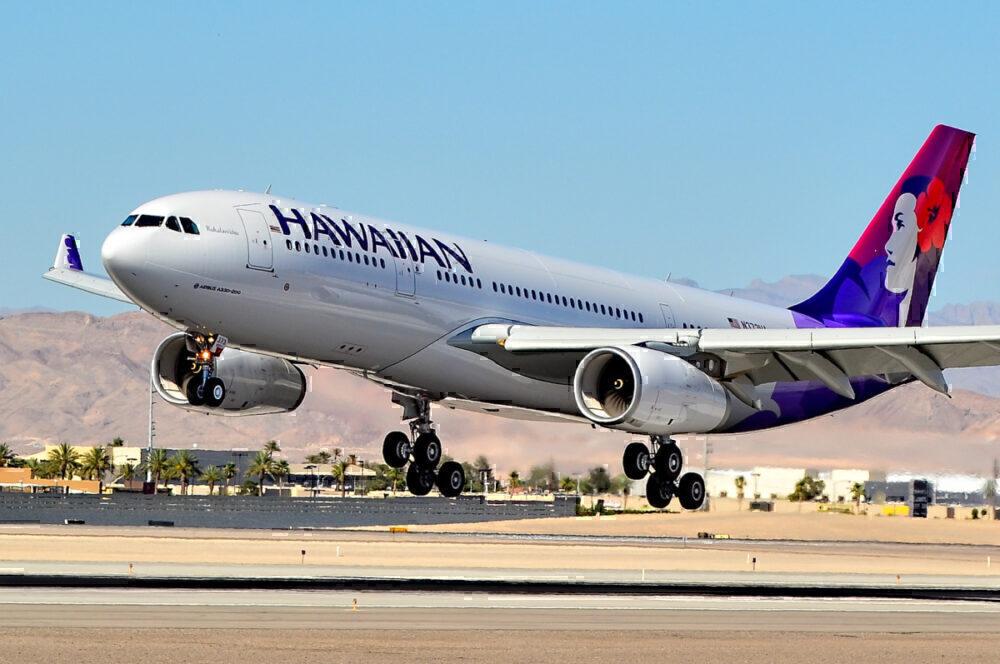 Hawaiian plane