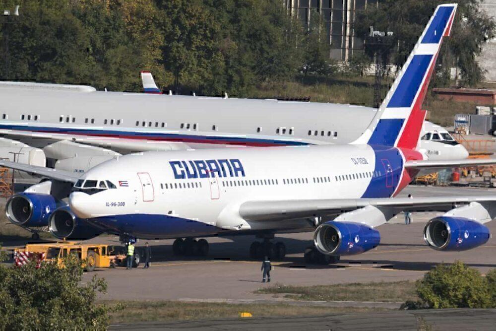 IL-96-300 Cubana de Aviacion CU-T1250