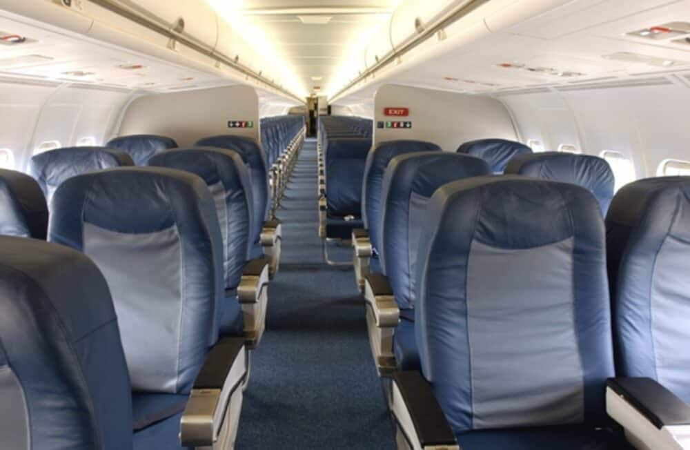 Delta MD-88 Cabin