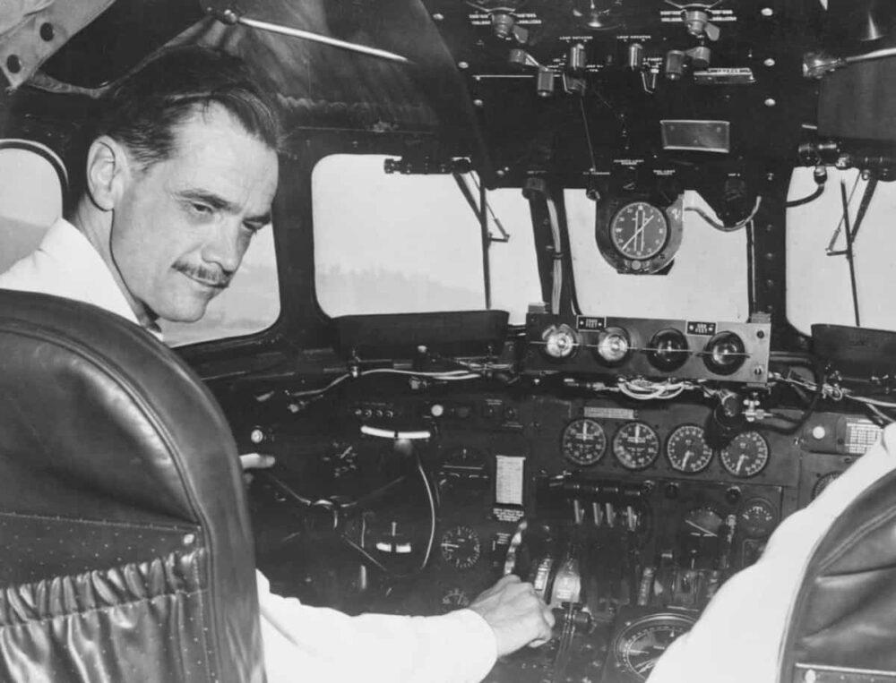 Howard Hughes TWA