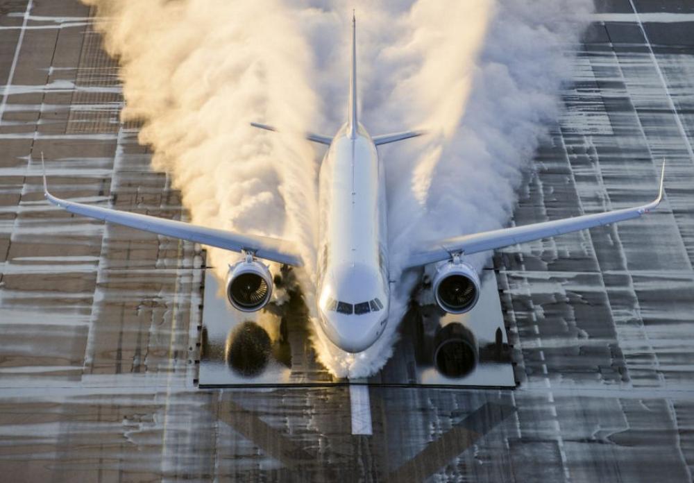 engine-testing-airbus-water