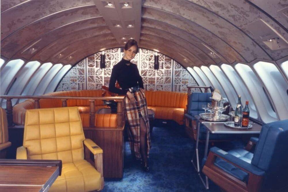 Boeing 747 Interior