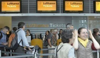 Lufthansa ticket desk