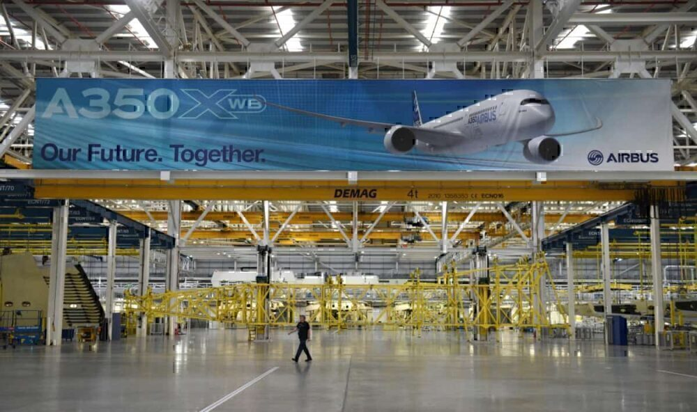 Boeing to conclude 747 production, reduce output of other types