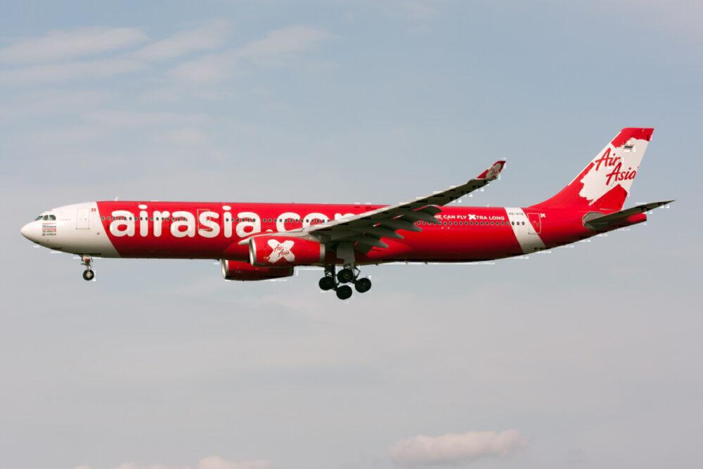 Thai AirAsia X Airbus 330-300 on final at Tokyo Narita