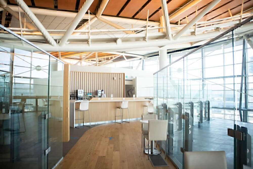 SkyTeam Vancouver lounge covid