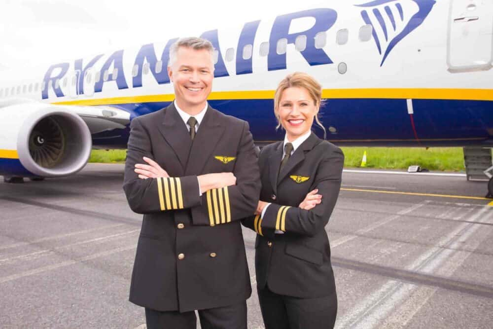 Ryanair, UK Pilots, Pay Cut