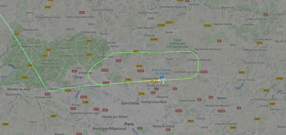 Untied airlines go around