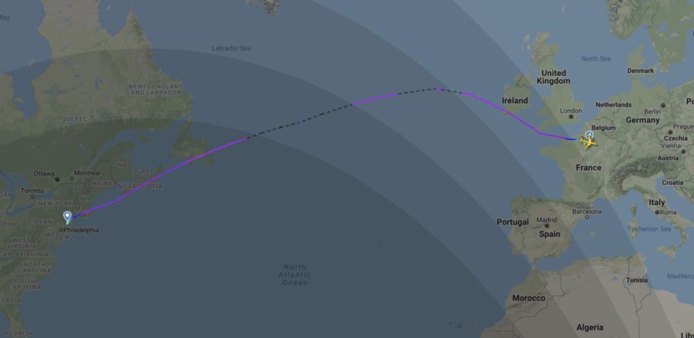 United 787-10 EWR CDG