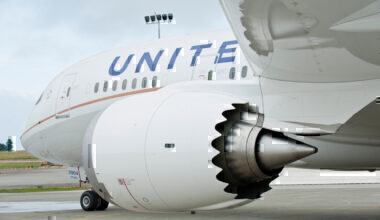 united-airlines -787