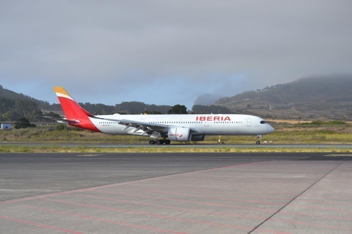 A350 tenerife