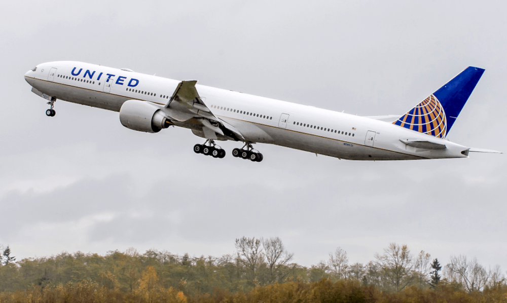 United-777-loss-of-separation-sydney