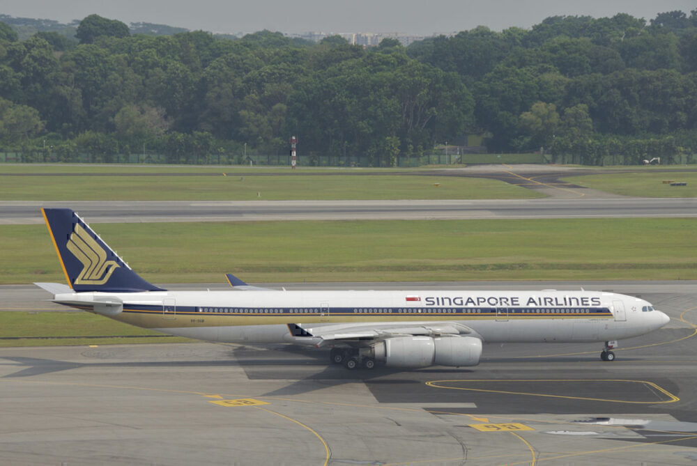 Singapore Airlines A340
