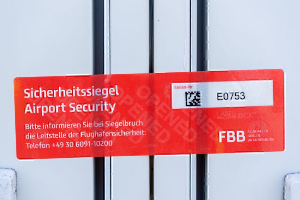 Berlin Brandenburg Airport, Opening, Security Check
