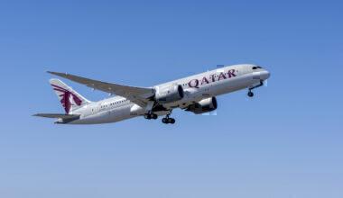 Qatar Airways returns to Gatwick