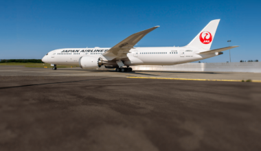 Boeing 787 JAL