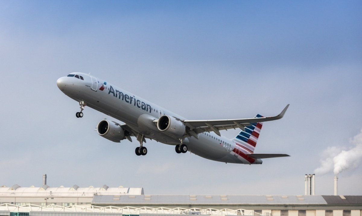 A321neo-American-Airlines-Take-off