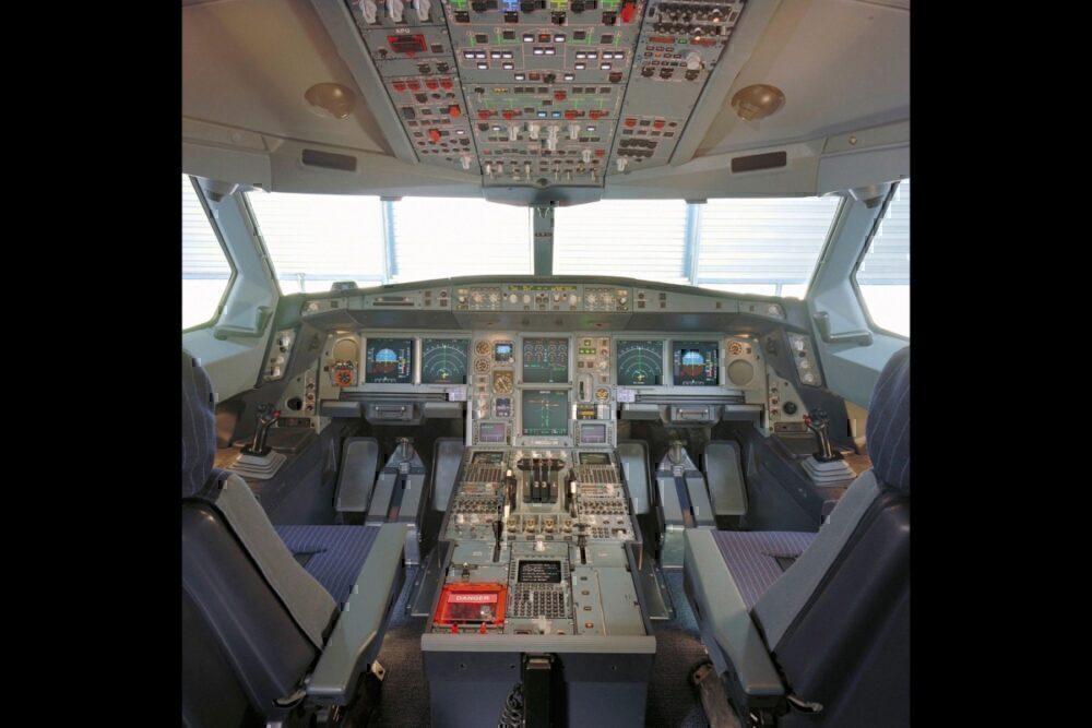 A340 cockpit