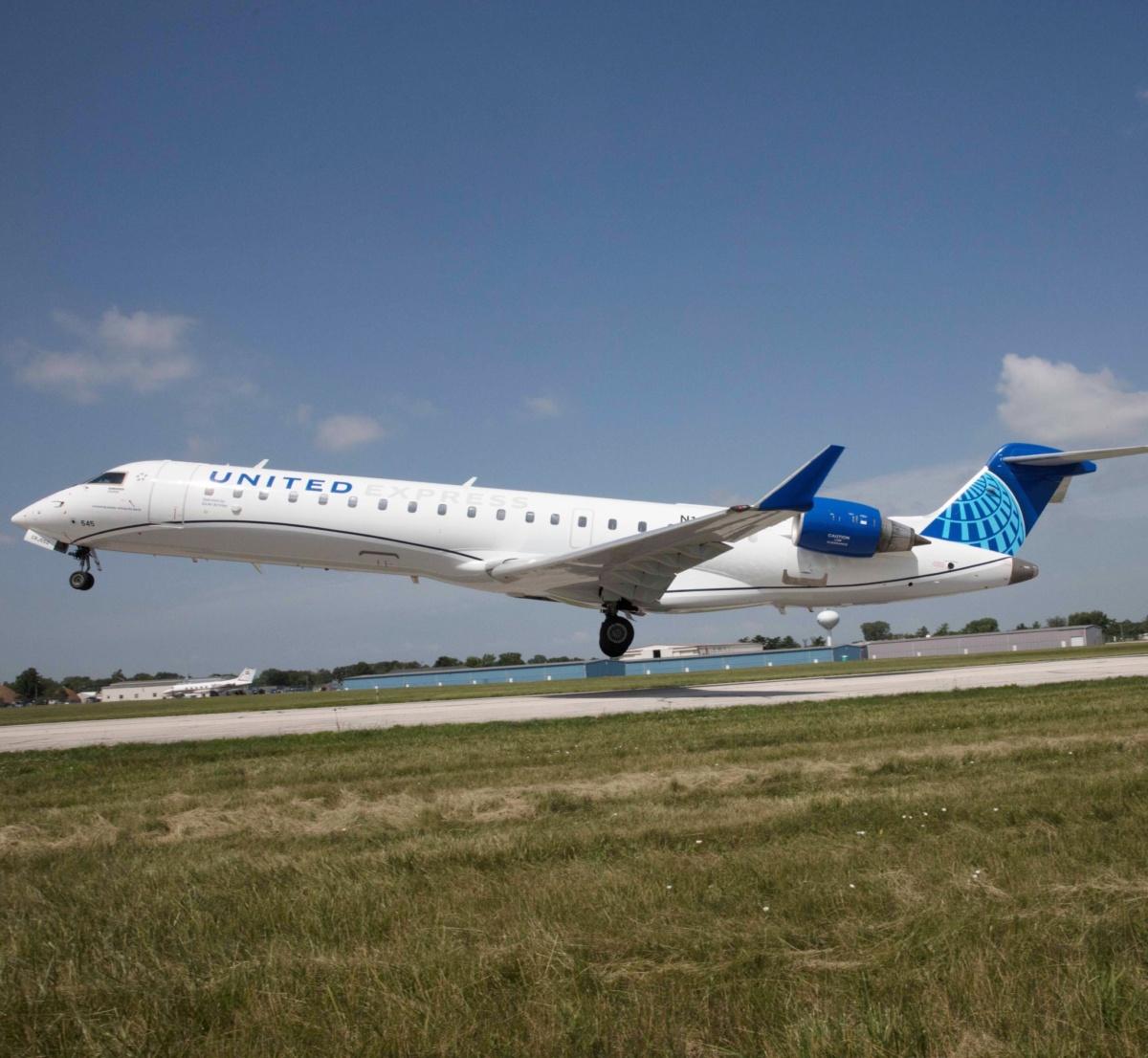 unitd-expres-CRJ550