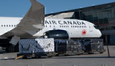Air Canada cargo loading
