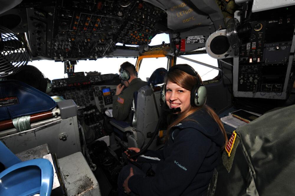 Cockpit navigators