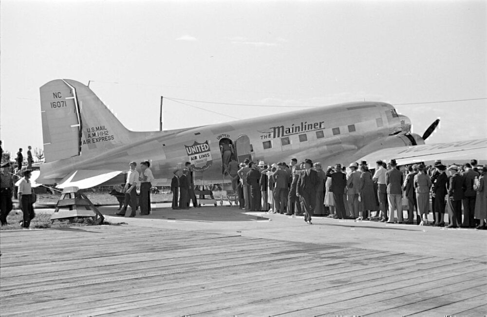 DC-3A United Air Lines