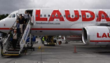 Lauda, Airbus A320, Evacuation