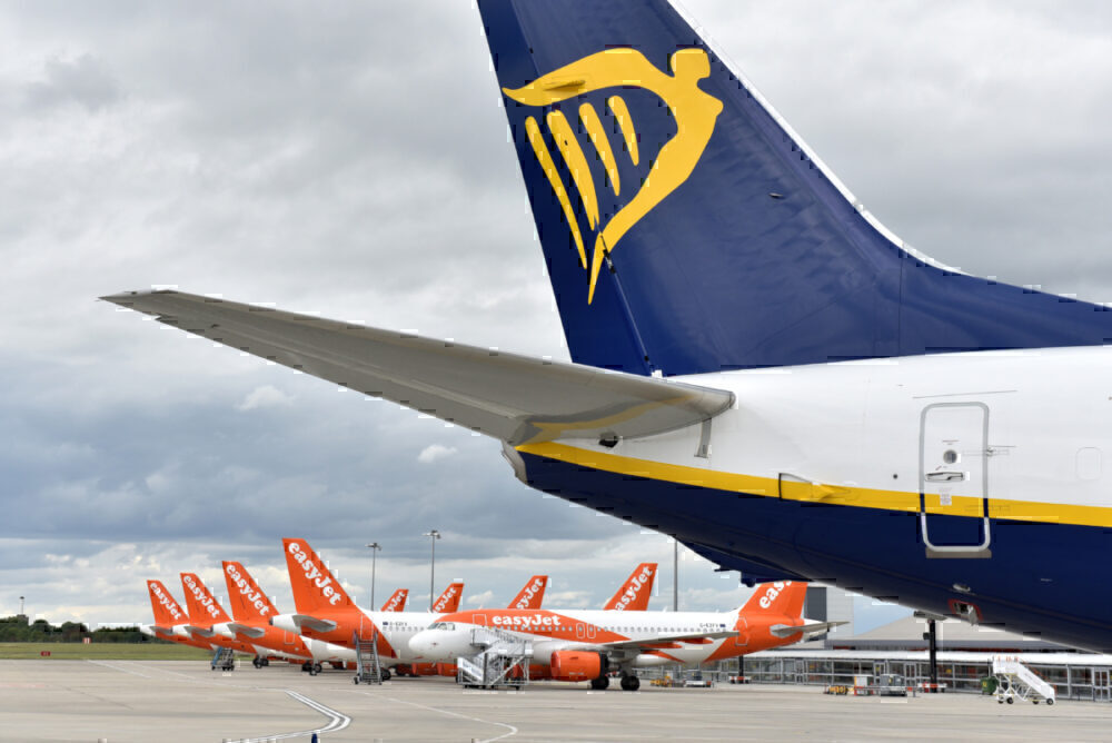 easyjet, Ryanair, Flight Cuts