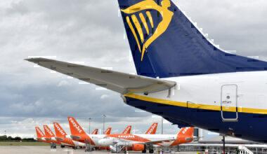 easyjet, Ryanair, Flight Cuts