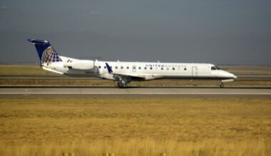 United Express ERJ-145 getty