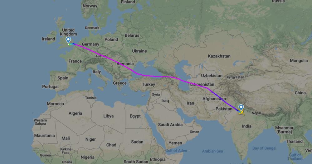 uk15 flight path vistara 787
