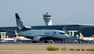 Texel Air takes delivery of 737-700 combi-freighter