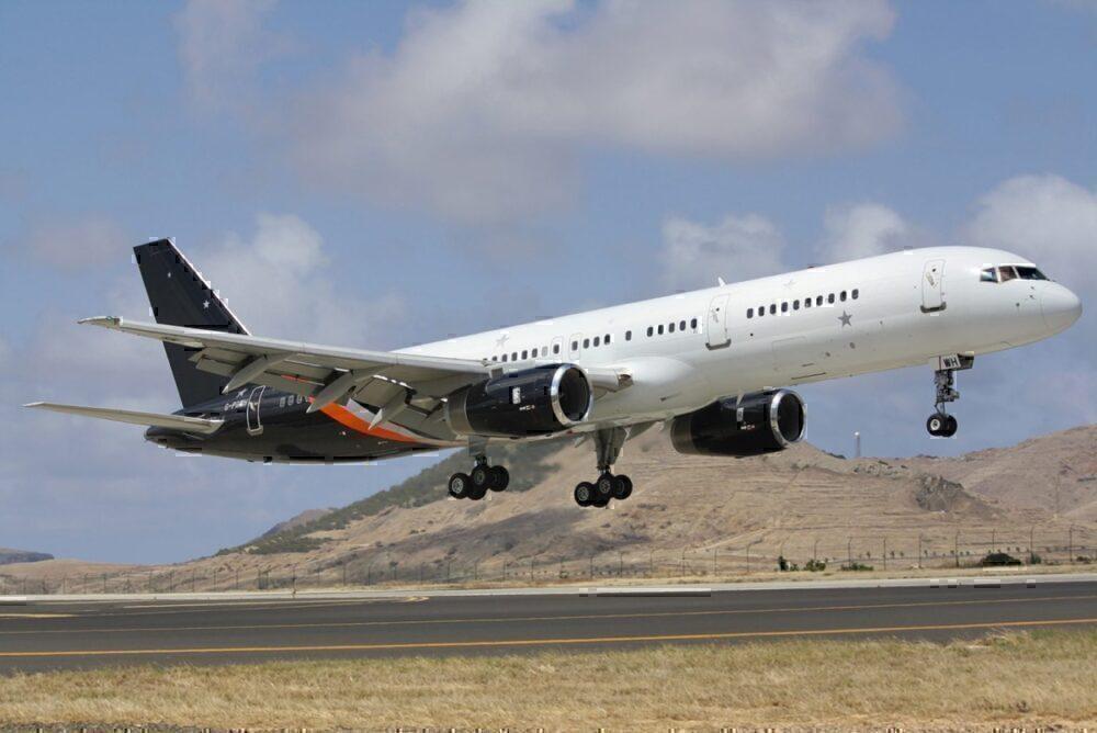 Titan Airways Boeing 7575