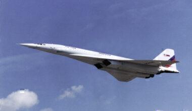 Tu-144