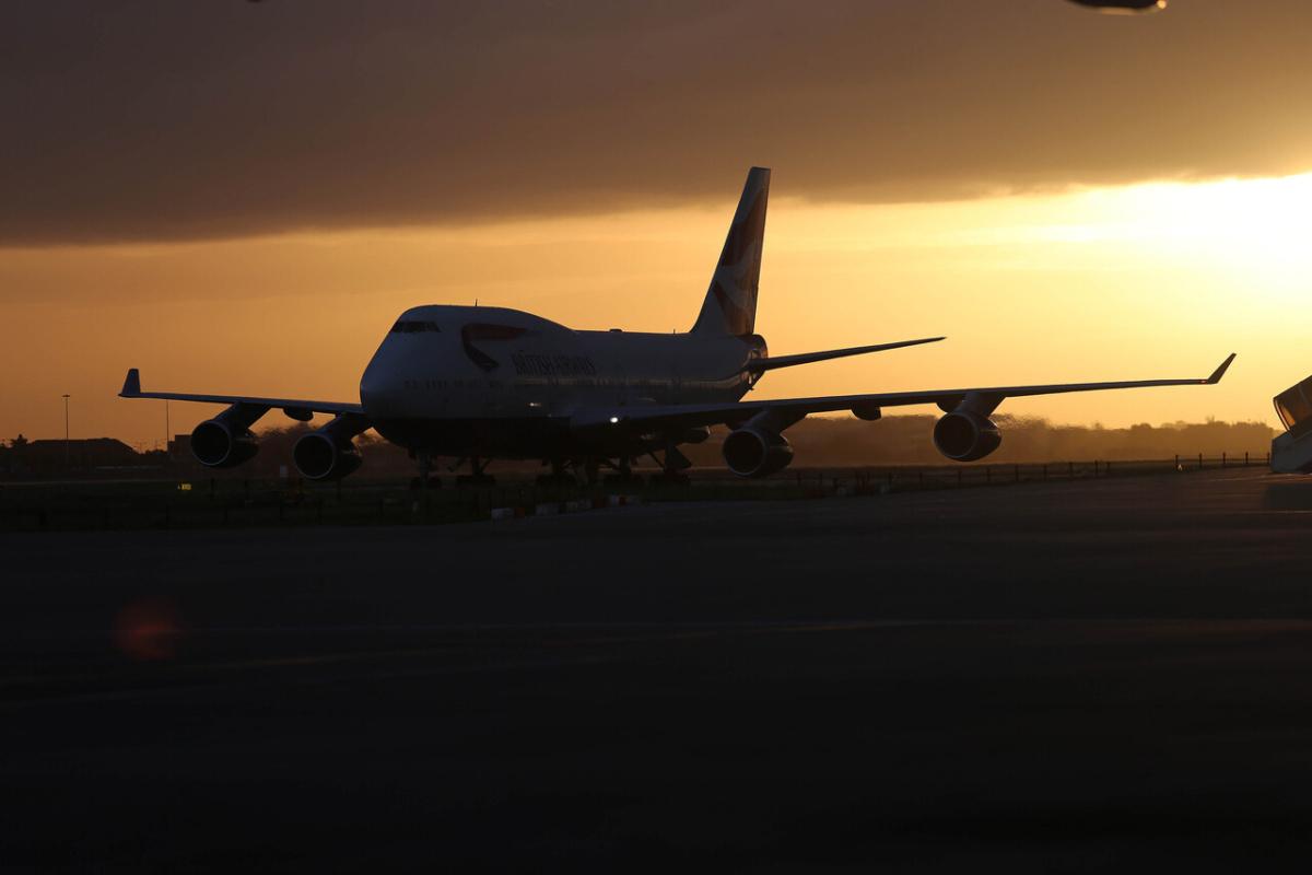 Over 10,000 British Airways staff to be made redundant