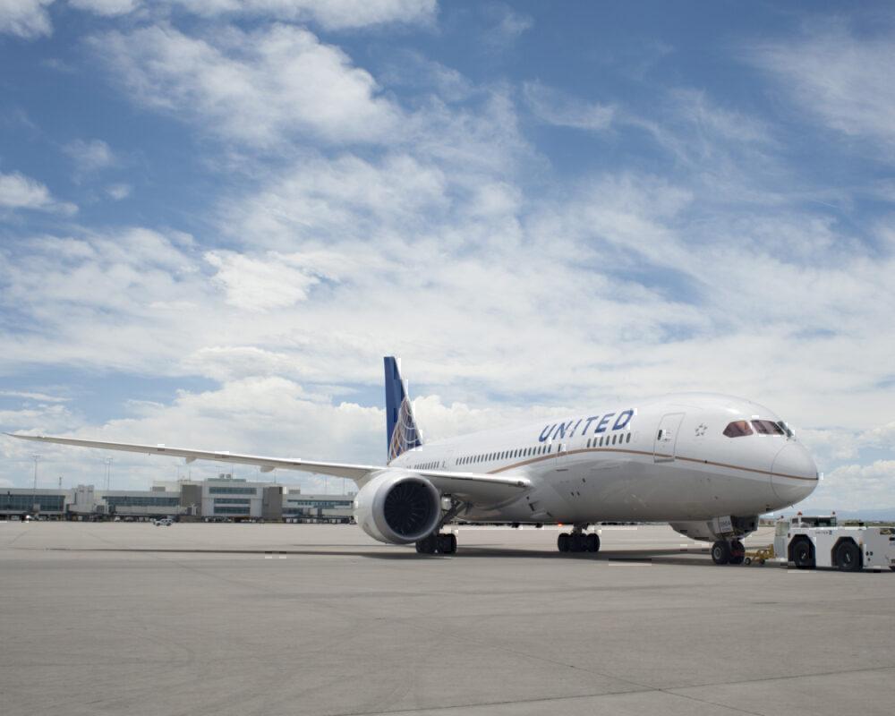United-flight-chinese-passengers-refused-Boarding