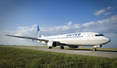 United-airlines-uv-cockpit-sanitation