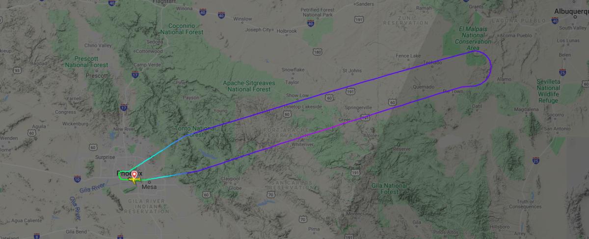 American Airlines Airbus A321neo Returns To Phoenix Over Squealing Door