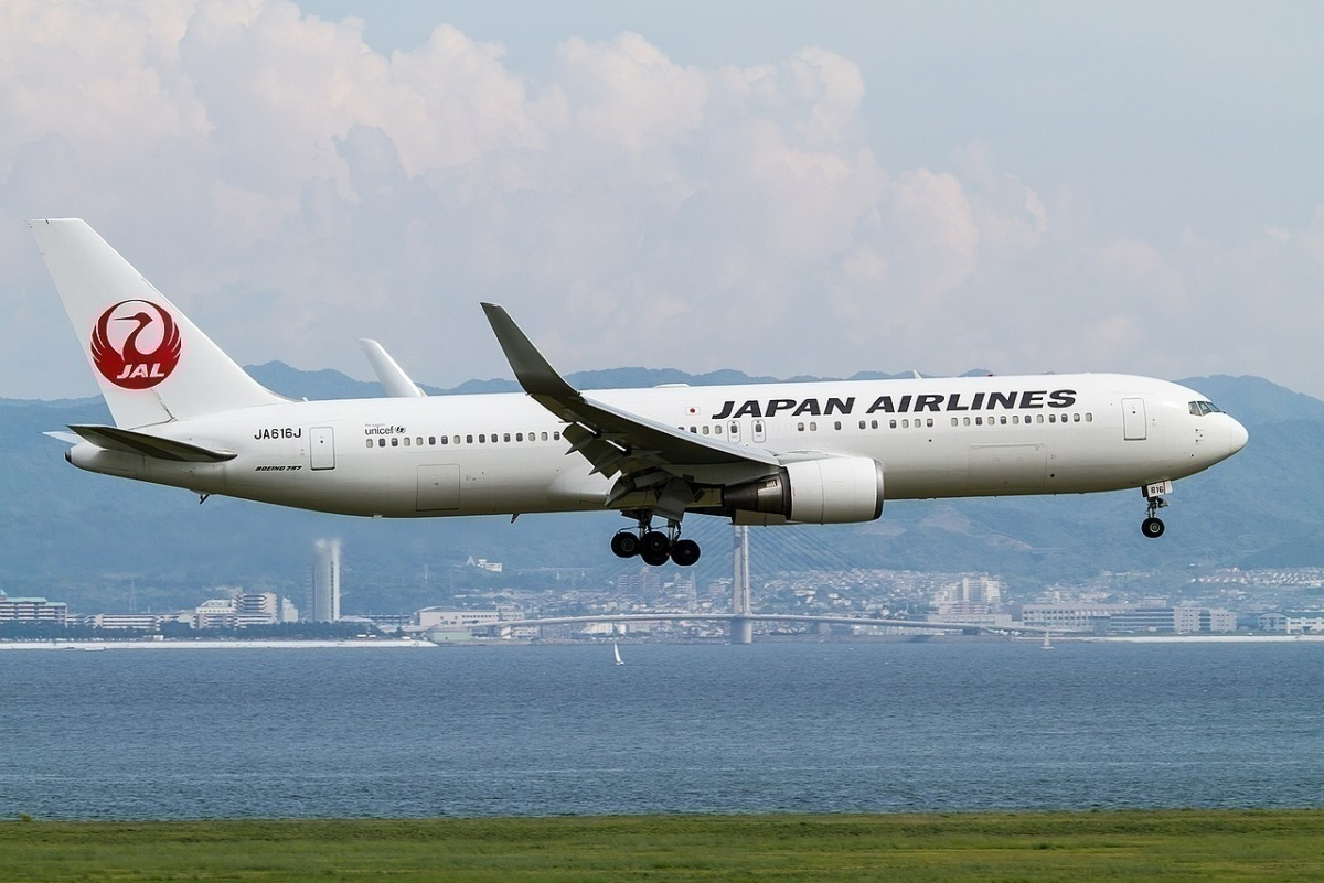 Boeing 767-300ER (Japan Airlines) JA616J