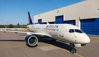 1280px-Delta's_Airbus_A220_(43954684894)