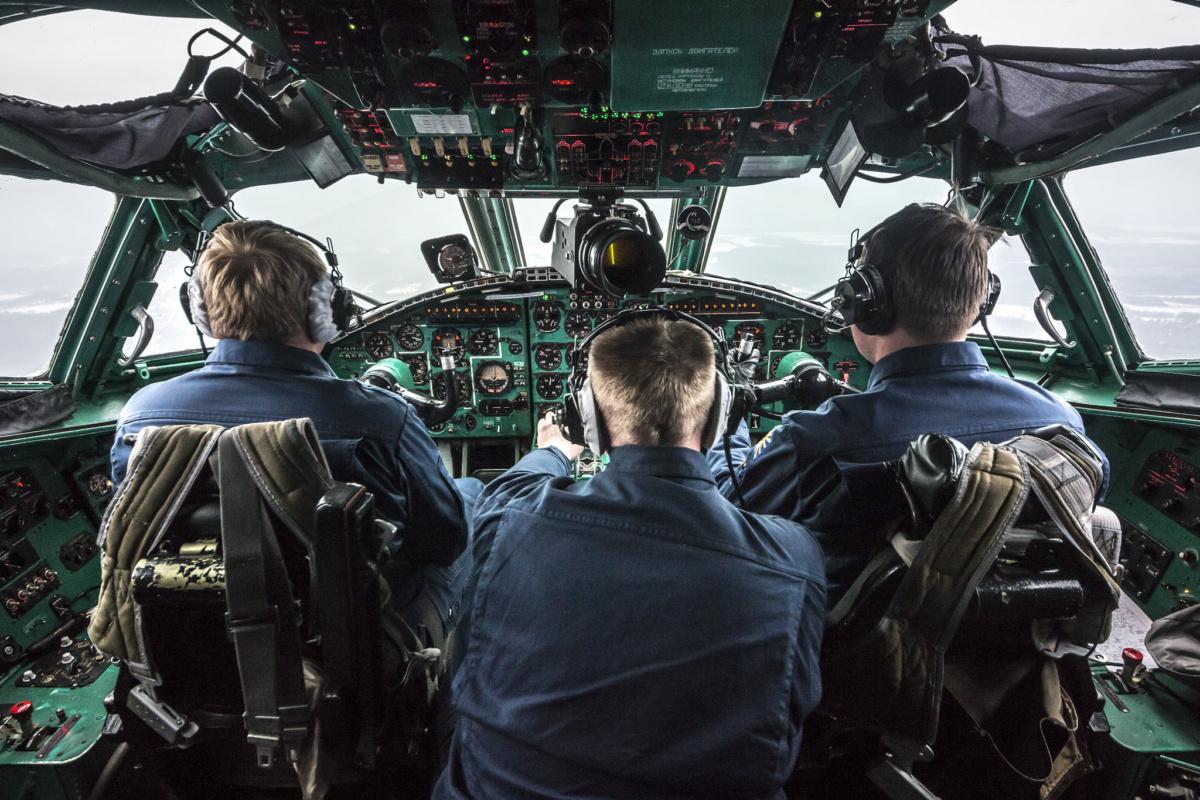 An-22 cockpit